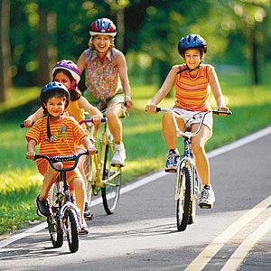 family-biking-m